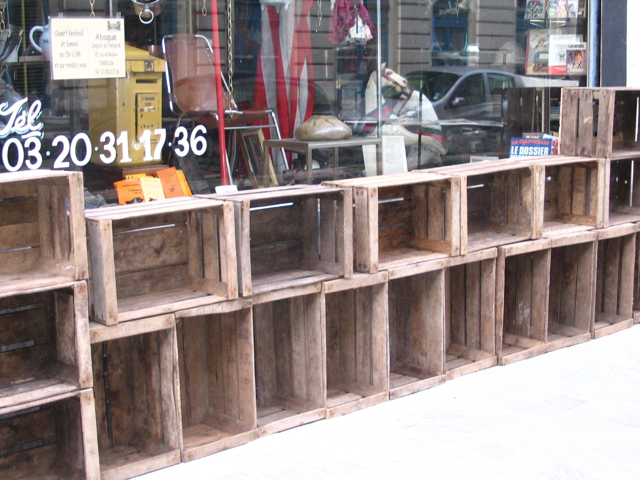antiquites belbezier » casier caisse bois etagere bibliotheque